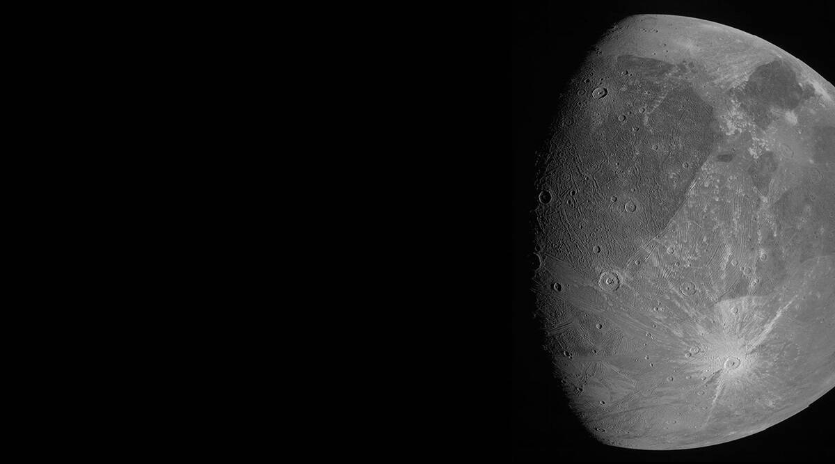 Spacecraft buzzes Jupiter's mega moon, 1st close-up in years thumbnail
