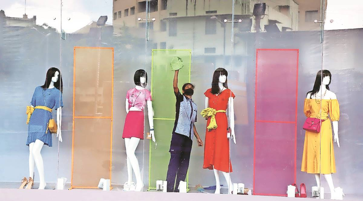 Pune admn rolls back some unlockdown norms: Malls, parlours, restaurants and bars to remain shut on weekends
