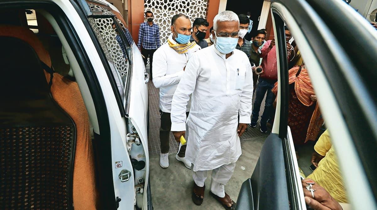 UP BJP meeting, BJP leaders meet in UP, Yogi Adityanath, Uttar Pradesh, B L Santhosh, Yogi govt, UP covid situation, Lucknow news, UP news, Indian express news