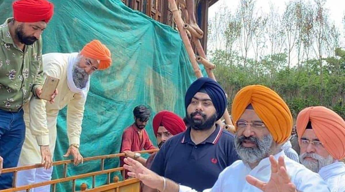 BJP's RP Singh wades into row over Golden Temple replica