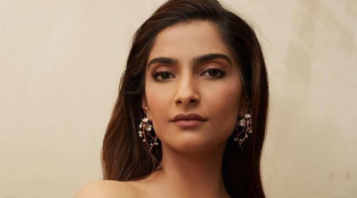 Sonam Kapoor is 'all smiles on a date night'; looks lovely in a maxi dress