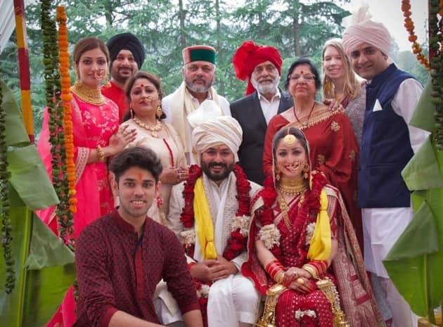 yami, aditya dhar wedding family photo