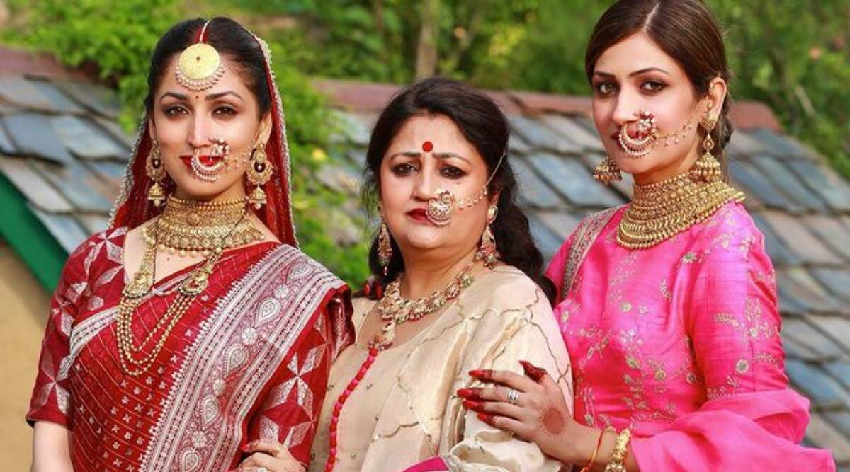 Yami Gautam shares a striking new wedding photo with her mother, sister