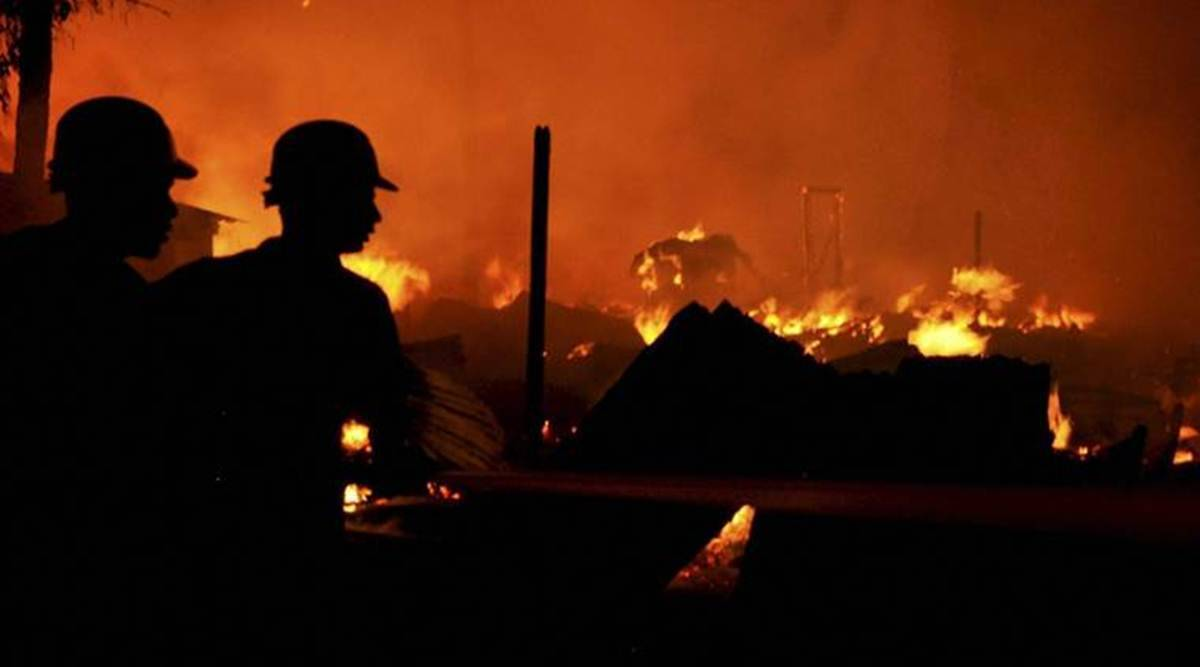 Fire breaks out in Mumbai chawl
