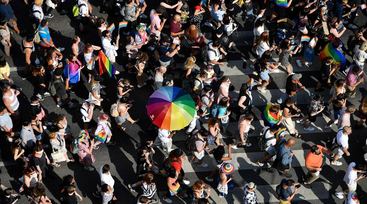 Image In Hungary, an embattled LGBTQ community takes to the streets