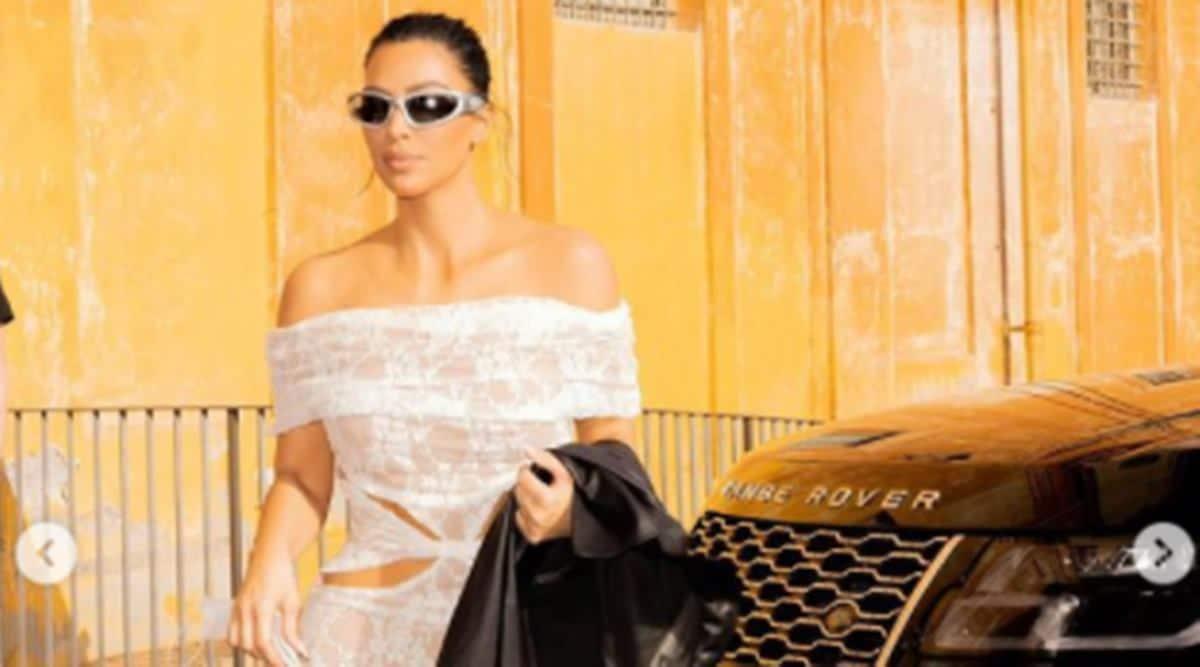 Kim Kardashian, Kim Kardashian West, Kim Kardashian news, Kim Kardashian fashion, Kim Kardashian Vatican outfit, Kim Kardashian Vatican City outfit, what did Kim Kardashian wear to the Vatican, indian express news
