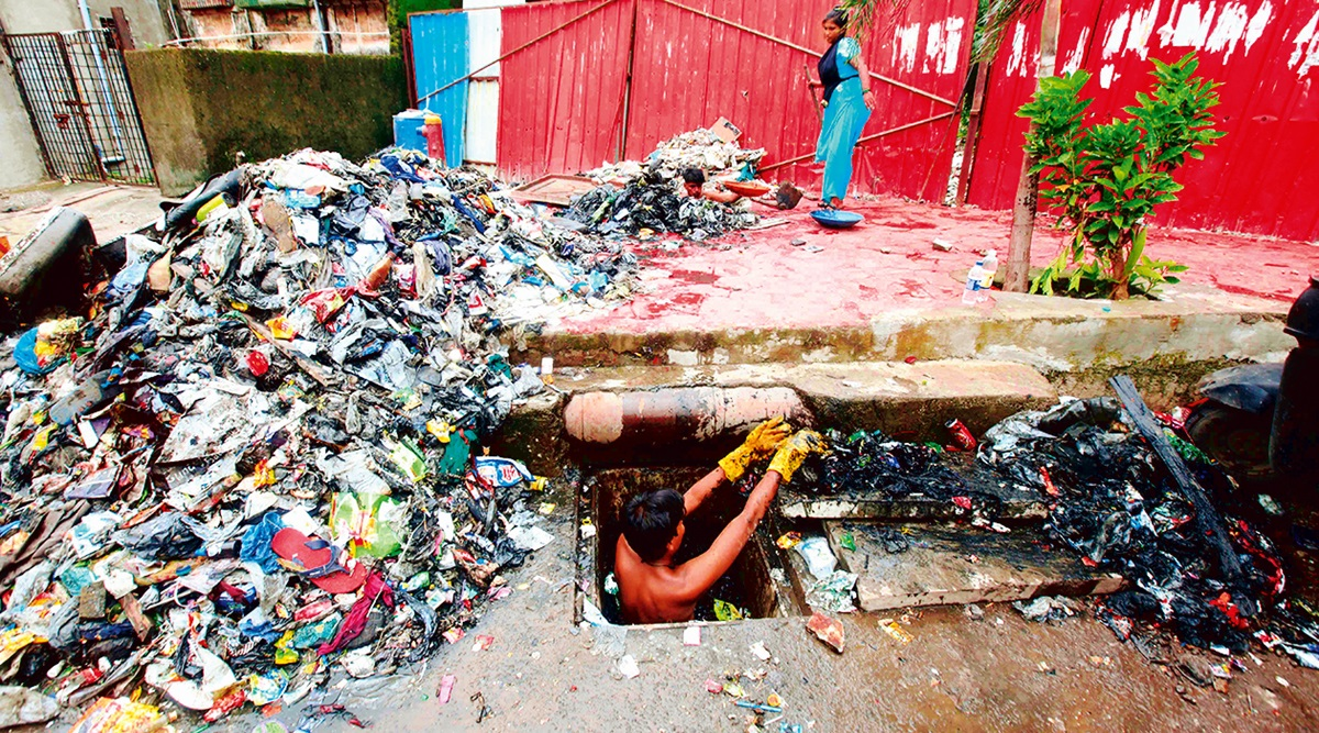 Unending battle to keep Mumbai's drains clear against rains, silt and garbage