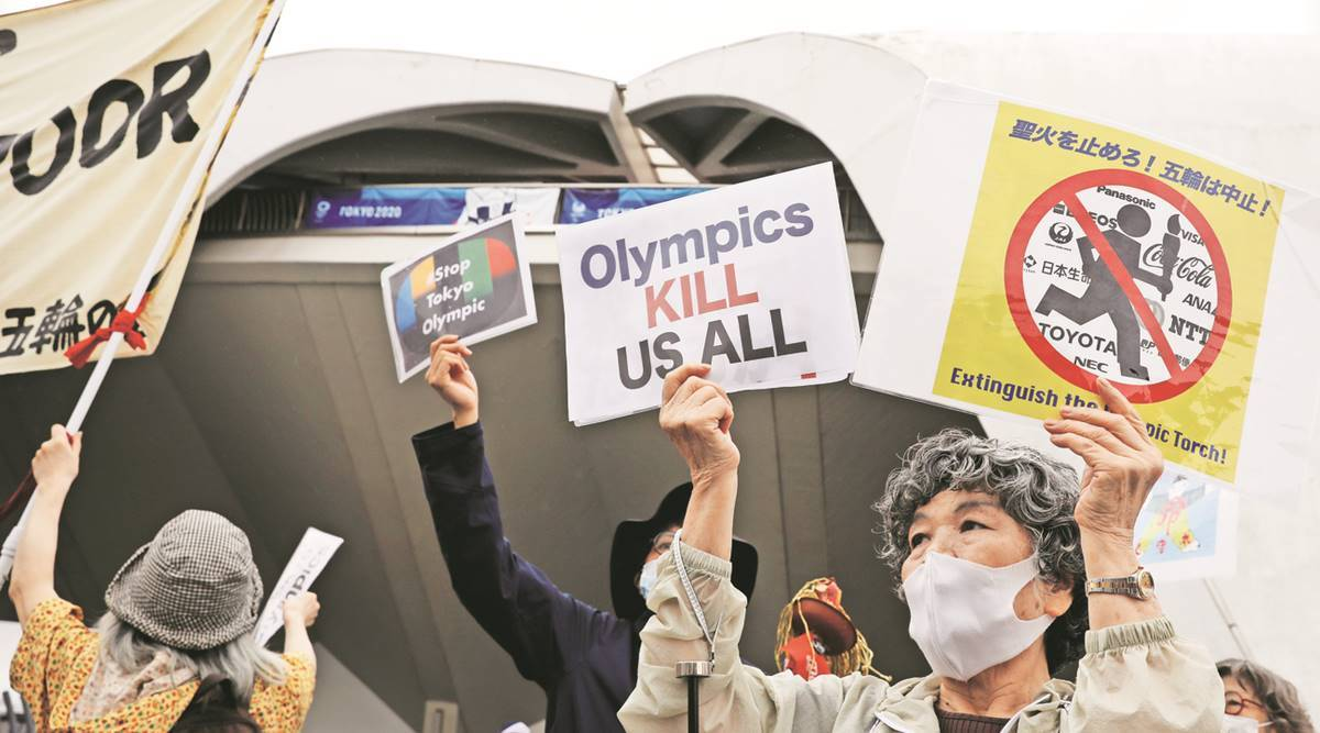 Countdown in state of emergency, few carry a torch for Olympics in Tokyo
