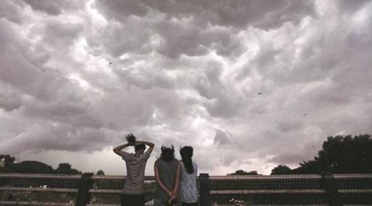 Week over Pune to begin with cloudy weather, light rain: IMD