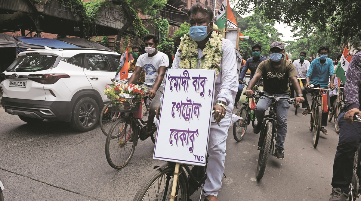 West Bengal: Minister pedals 38 km to protest fuel price hike