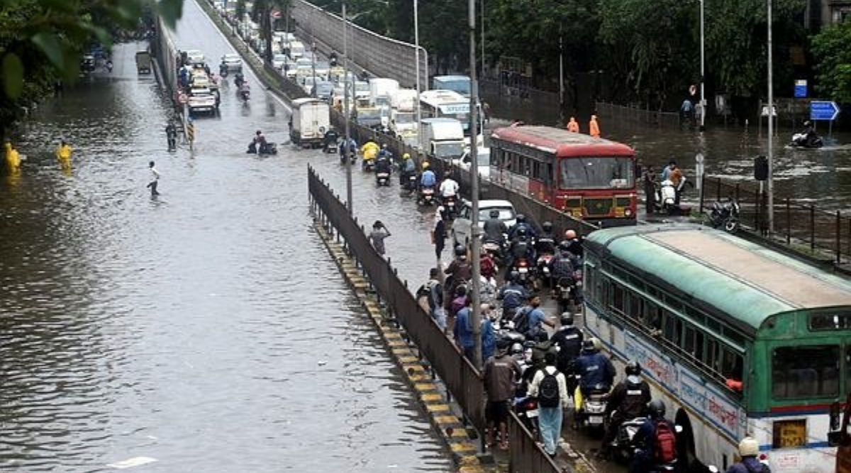 IMD Issues Red Alert for Mumbai and Other Neighboring District of the Capital City