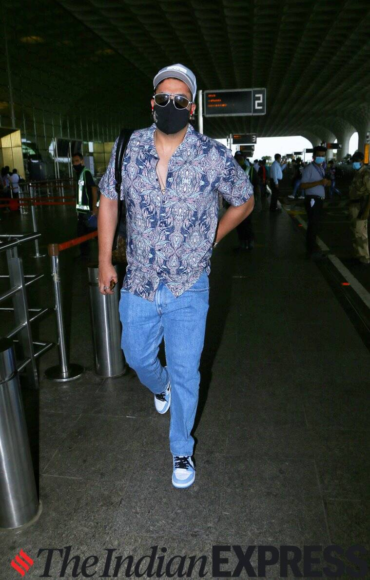 aly goni airport fashion