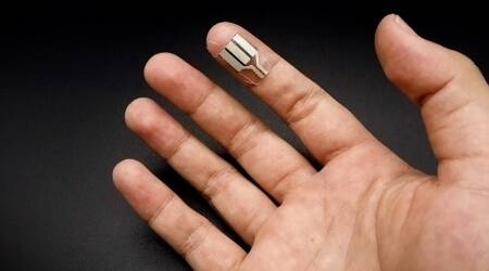 fingertip-powered-wearable device