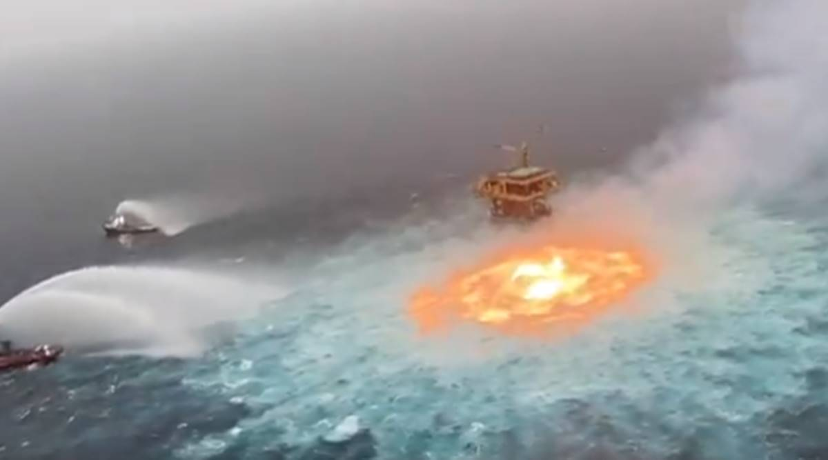 Mexican water fire, fire rages in mexican water, fire at ocean surface, Mexico's Yucatan peninsula, mexico water Fire video, world news, Indian express