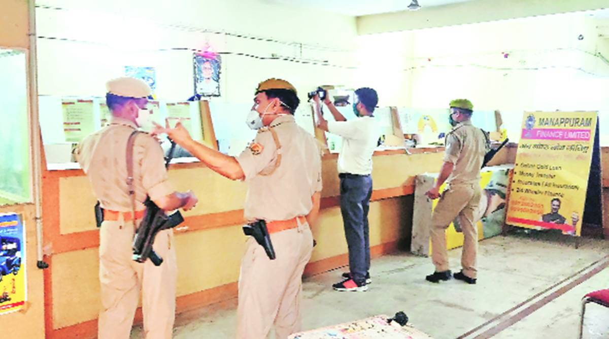 Heist at Mannapuram office in Agra: 19 kg gold robbed, 2 dead in gunfight with police
