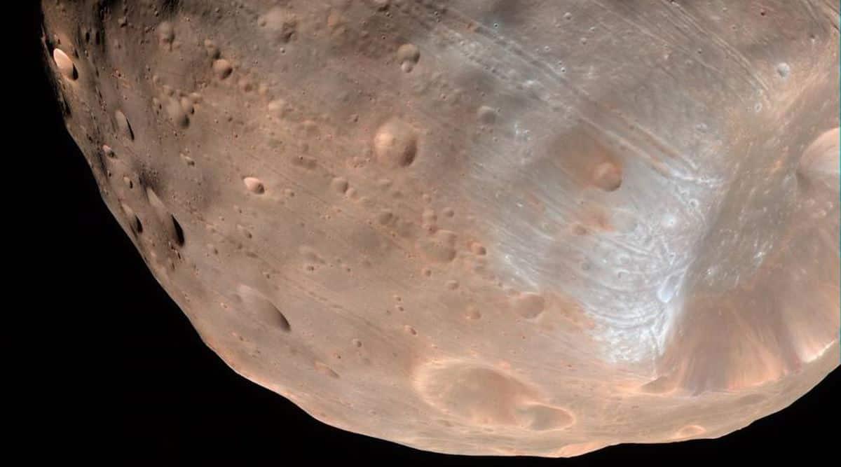 PHOBOS-mars moon