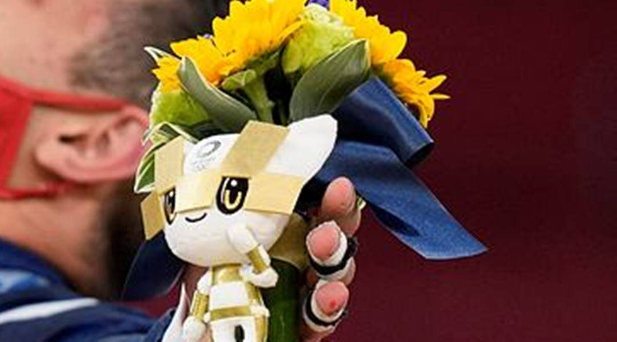 Tokyo Olympics 2020, Tokyo Olympics 2020 bouquet, flower bouquet, bouquet given to medallists, significance of flowers, Tokyo Olympics, indian express news