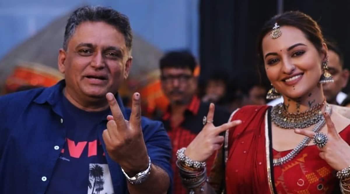 Director Abhishek Dudhaiya's Bhuj: The Pride of India