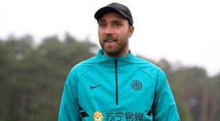 Christian Eriksen reunited with Inter Milan teammates, begins road to recovery