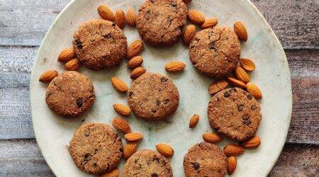 vegan, gluten free, vegan cookies, gluten free cookies, healthy cookies, vegan food, gluten free food, vegan recipes, gluten free recipes, cookies recipe, healthy recipes, shalini rajani, shalini rajani recipes, shalini rajani cookie recipe, gluten intolerance, gluten sensitivity, food, food recipes, indian express