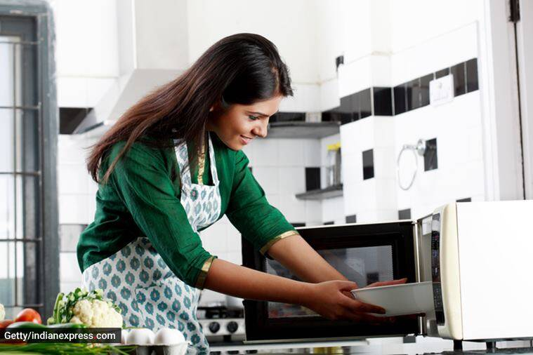 microwave, microwave health, microwave negative impacts, microwave kitchen, microwave impacts, microwave radiation, kitchen equipments, microwave harmful, harmful kitchen equipments, microwave eshanka wahi, eshanka wahi, microwave health risks, health, indian express
