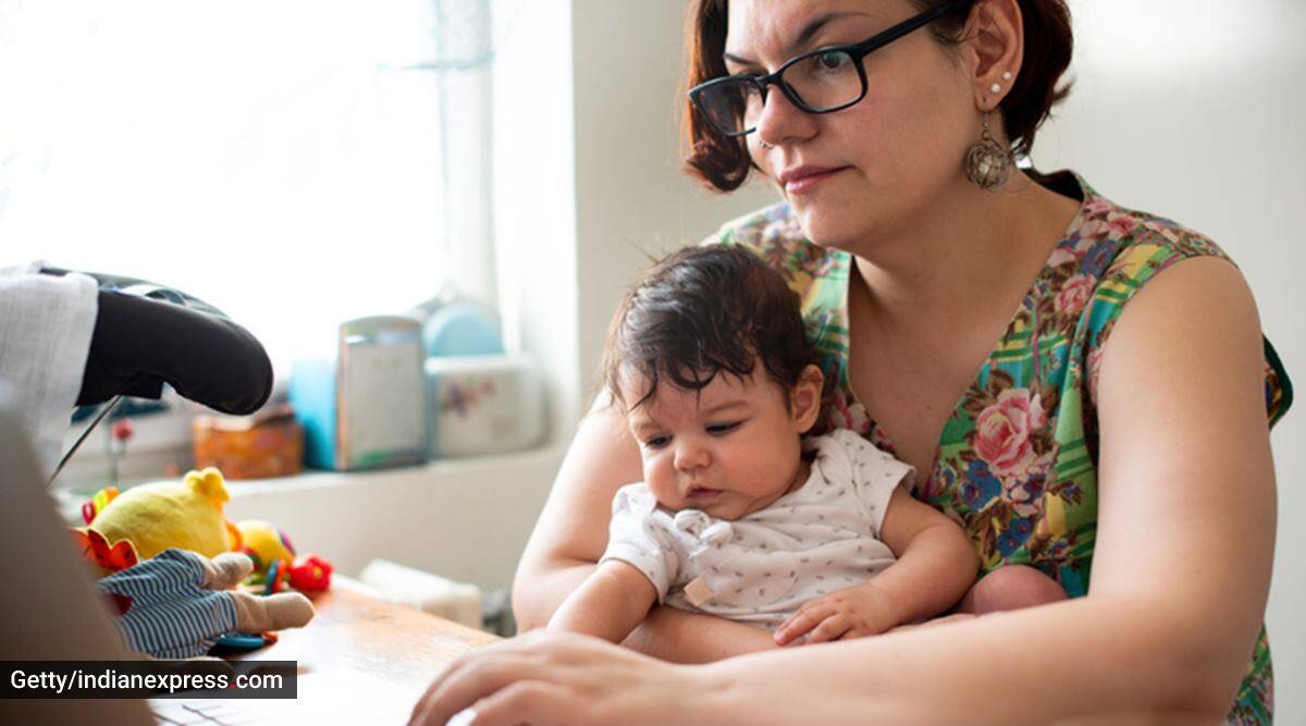 breastfeeding, breastfeeding mothers, how to breastfeed at home, breastfeeding mothers and work-from-home routine, parenting, indian express news