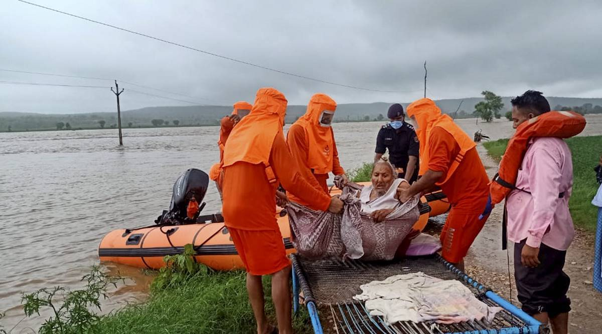 Weather Today LIVE updates: Several Madhya Pradesh villages affected by flooding of rivers; Centre helping in relief work, says Shah