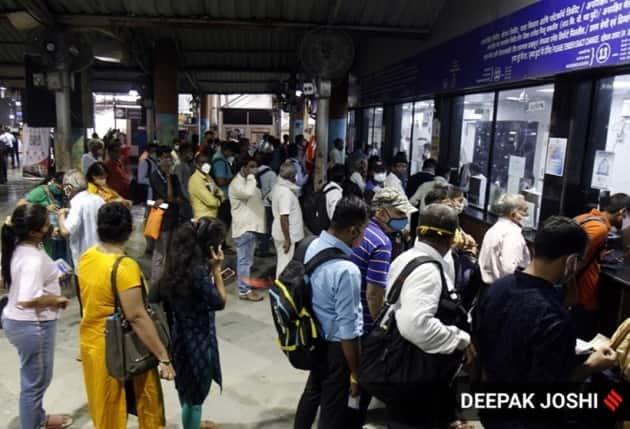 Mumbai trains, mumbai train reopening, mumbai local train reopen today, mumbai train pass, suburban trains reopening, Mumbai covid news, Mumbai news, Indian express news