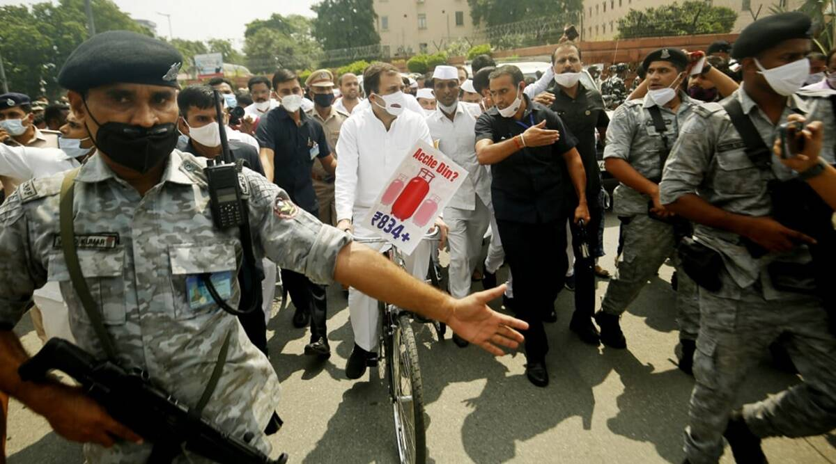 Breakfast meet, cycle ride to Parliament: Opposition ups ante against Modi govt as Rahul calls for united front