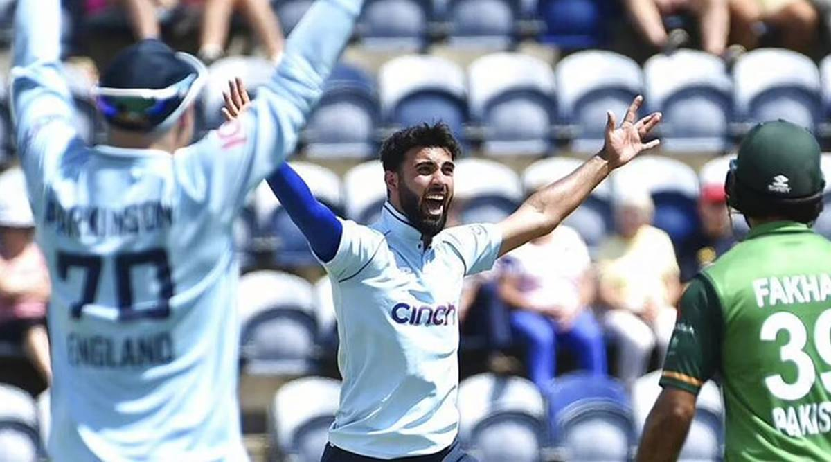 Saqib Mahmood, Saqib Mahmood test debut, Saqib Mahmood replacement, stuart broad cover, dom bess, england test squad vs india
