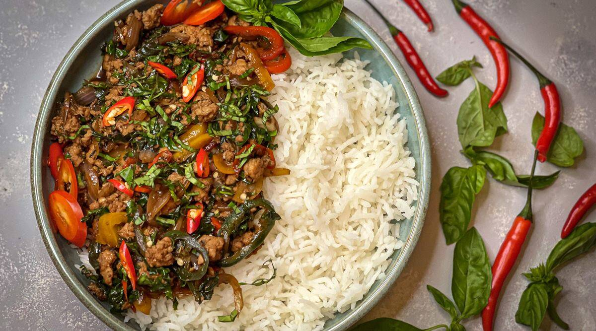 healthy eating, healthy recipes, easy recipes, easy recipes for lunch, easy home cooked meals, tasty homemade recipes, chicken recipes for lunch, Thai basil chicken, indian express news