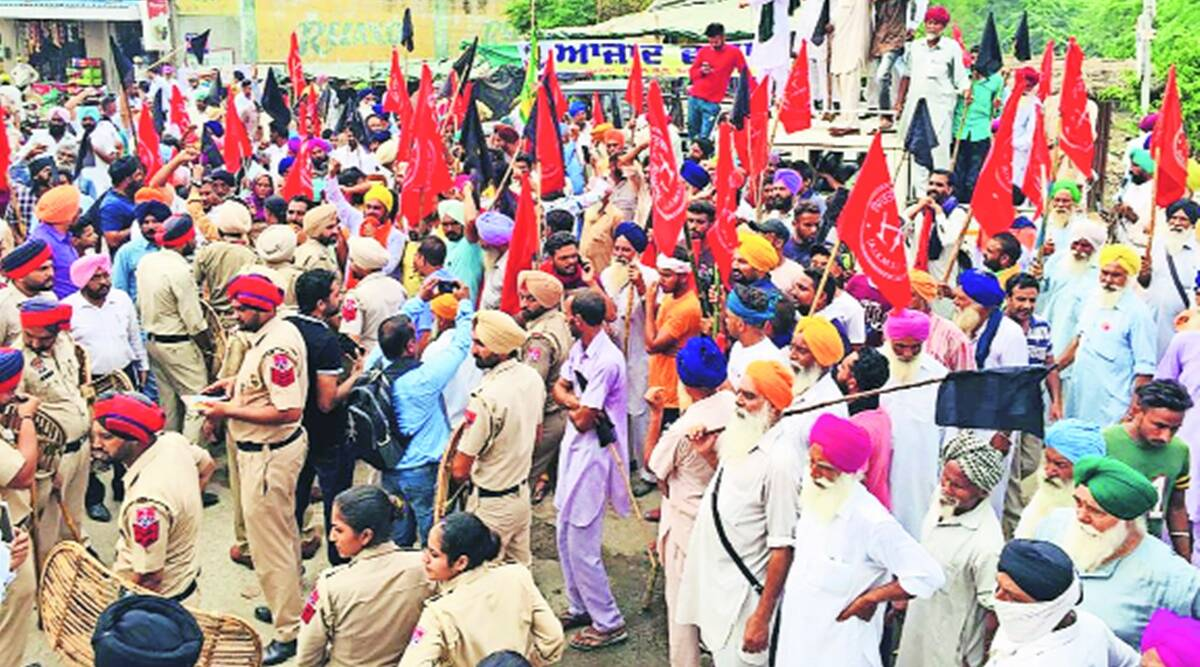 Longowal's death anniversary: Farmer protests mar events planned by SAD, Congress and SAD (United)