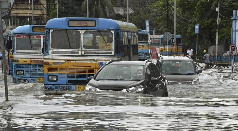Weather Today LIVE updates: 7 dead, 2.5 lakh displaced from homes as floods hit Bengal districts
