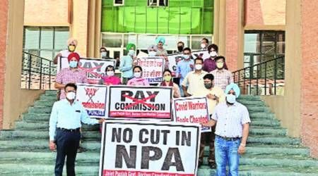 sixth pay commission, doctors, doctors protests, Punjab health minister, balbir sidhu, indian express, indian express news, punjab news