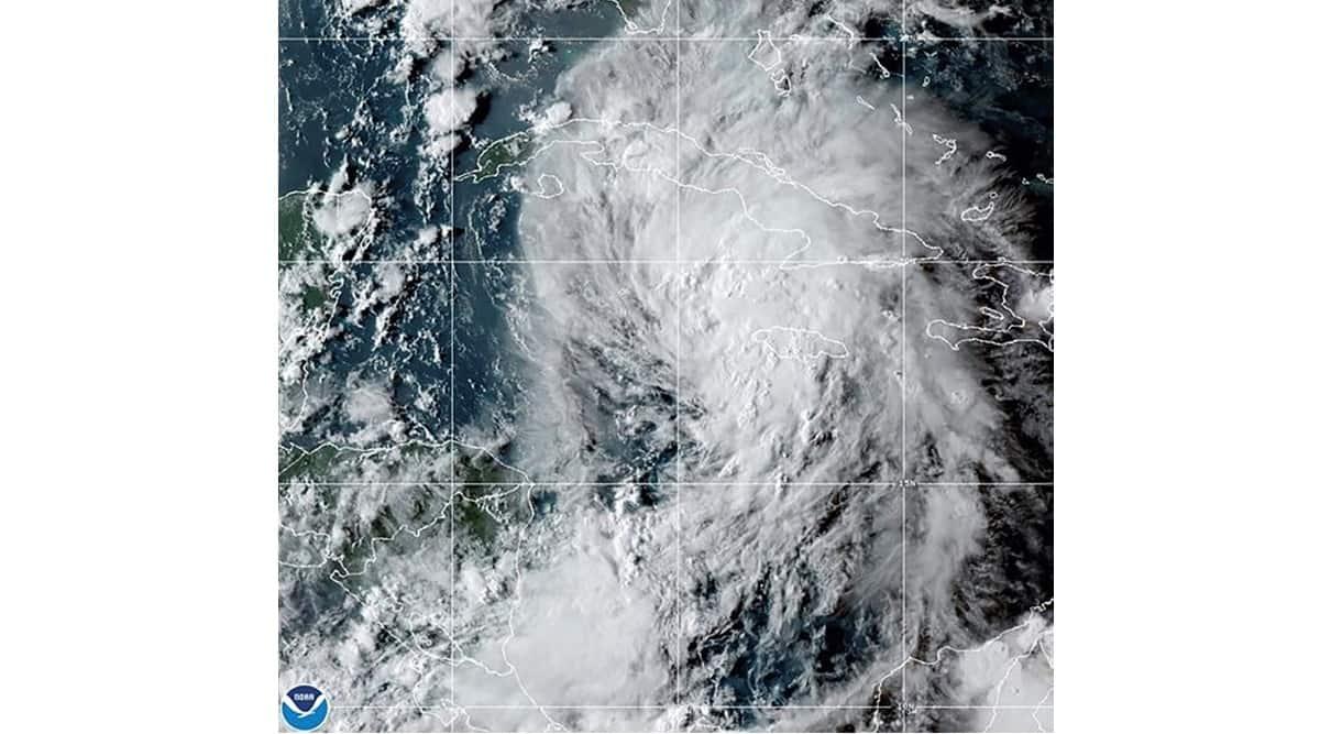 Tropical Storm Ida on track to hit Gulf Coast as hurricane