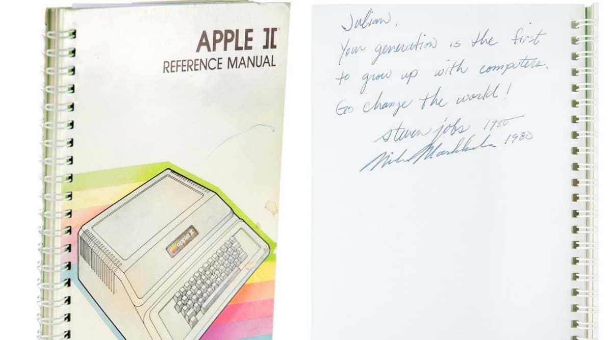Apple, Apple II computer, Apple II document bid, Apple user manual, Apple bid, Steve Jobs document bid, Apple $787,484 bid,