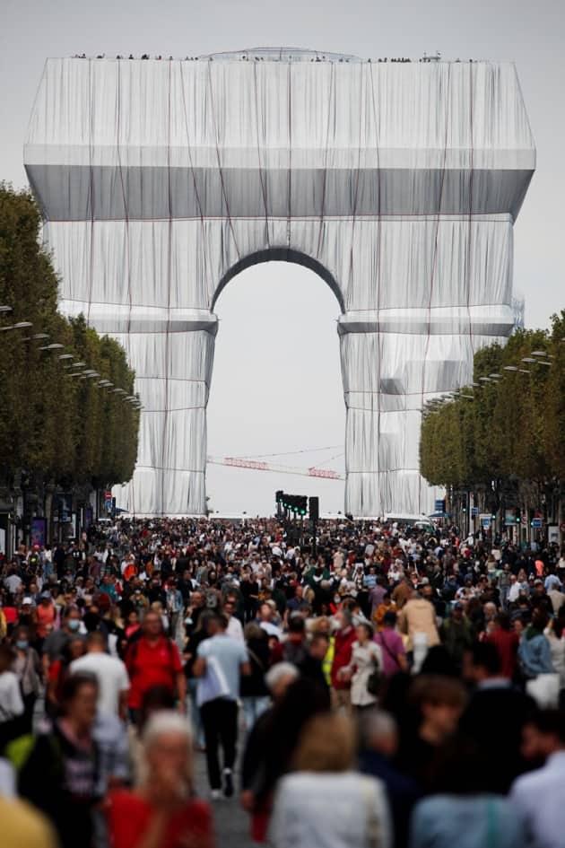 Arc de Triomphe, Arc de Triomphe art installation, Arc de Triomphe Paris