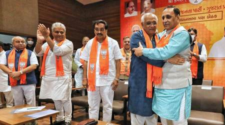 BJP battling infighting, new Gujarat Cabinet waits another day