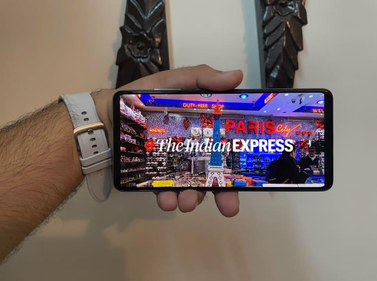Samsung Galaxy A52s 5G, Samsung Galaxy A52s 5G review, Samsung Galaxy A52s 5G price, Samsung Galaxy A52s 5G features, Samsung Galaxy A52s 5G specs, Samsung 5G phones in india, Galaxy A series Samsung