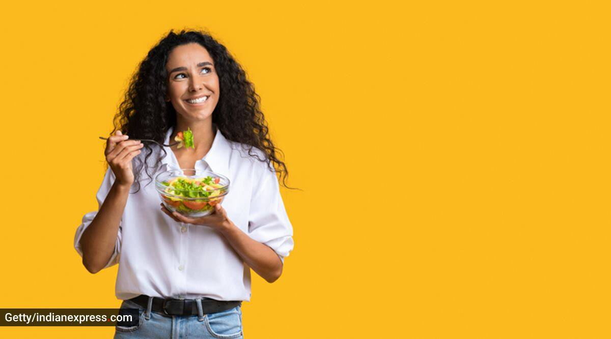 National Nutrition Week, National Nutrition Week 2021, healthy eating, healthy eating for a new mom, new moms, what should a new mother eat, healthy eating for mothers, breastfeeding mothers, diet for breastfeeding mothers, indian express news