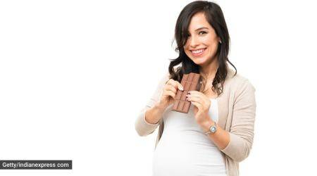 pregnancy and healthy eating, pregnancy foods to eat, pregnancy foods to avoid, healthy cravings, unhealthy cravings, pregnancy cravings, parenting, indian express news