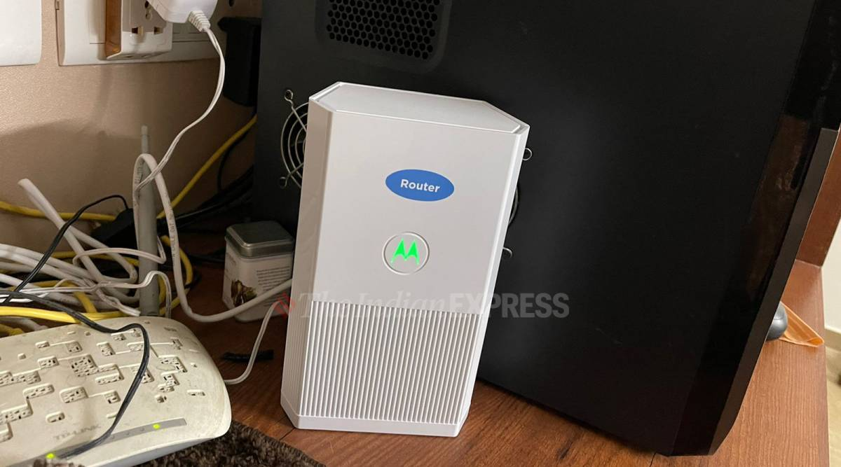 Motorola MH7020 mesh WiFi, MH7020 review, MH7020 Wifi system review, Motorola Mesh Wifi system review, Motorola MH7020 price, Motorola MH7020 price in India