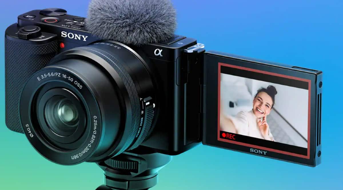 Sony ZV-E10, ZV-E10 Sony, Sony ZV-E10 vlogging camera, best cameras for Vloggers, Sony Alpha ZV-E10, Sony ZV-E10 interchangeable lens camera