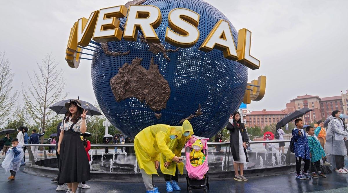 Universal Studios Beijing, Universal Studios Beijing opens,