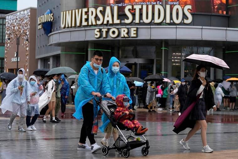 Universal Studios Beijing, Universal Studios Beijing opens