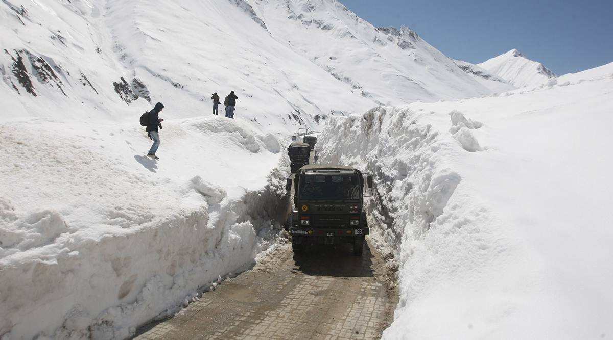 Zojila tunnel, Zojila tunnel pass, Z-Morh tunnel, Z-Morh tunnel nitin gadkari, Nitin Gadkari, all-weather escape tunnel, Sonmarg news, current affairs, current affairs news, Indian express