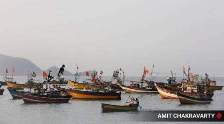 Junagadh, Mangrol, Gujarat boat makers, Gujarat boat builders, Covid-19, cyclones, indian epxress, indian express news, current affairs, gujarat news