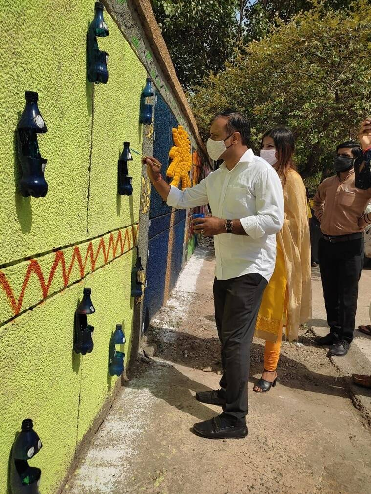Delhi: EDMC adorns walls with paintings to create awareness about waste management