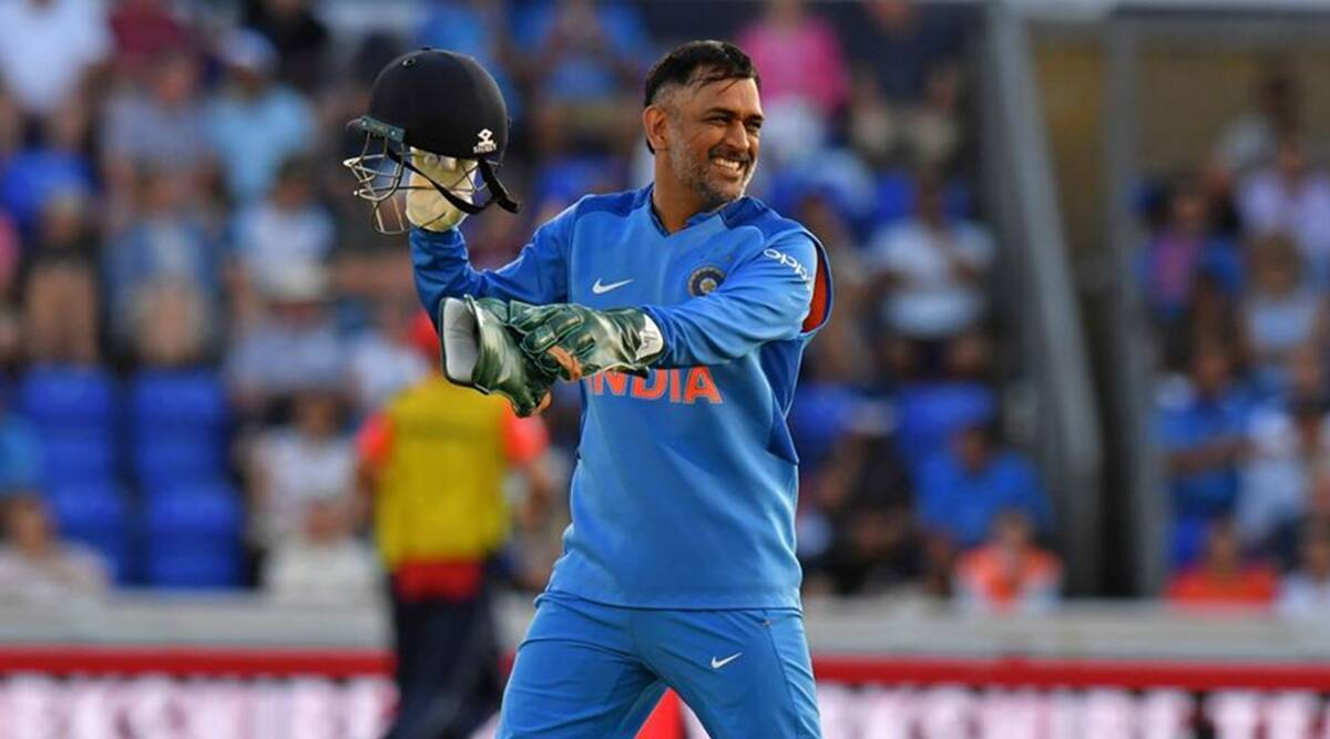 Dhoni, India, Mentor