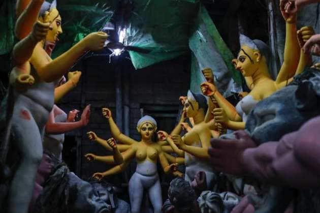 Durga Puja, Durga Puja 2021 photos, Durga Puja 2021 news, Durga Puja 2021 indian express, Durga Puja 2021 preparations, indian express, indian express news